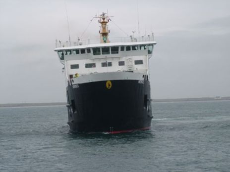 Hebrides approaches Tiree Pier