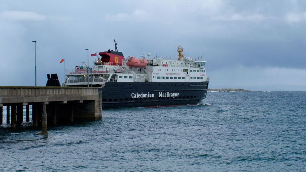The MV Clansman departs the pier at 12:50