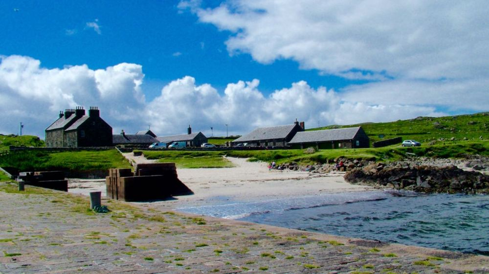Hynish - perfect for an after lunch stroll