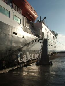 High Tide results in High Gangway
