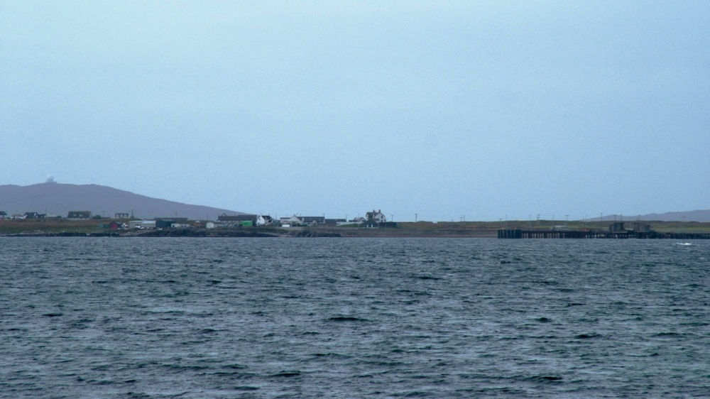The Pier, Scarinish and Ben Hynish with the Golf Ball.