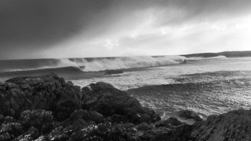 Breaking Waves and Spindrift at Scarinish
