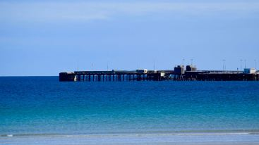 The Pier, Gott Bay