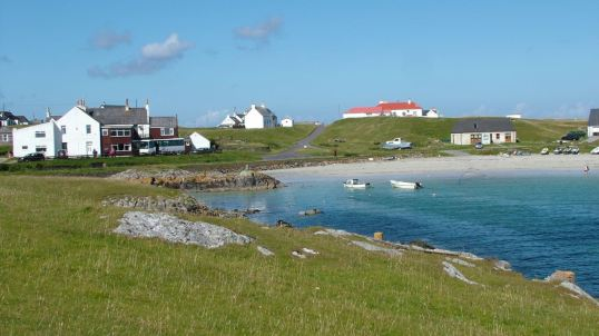 Scarinish Old Harbour, Hotel and Coach