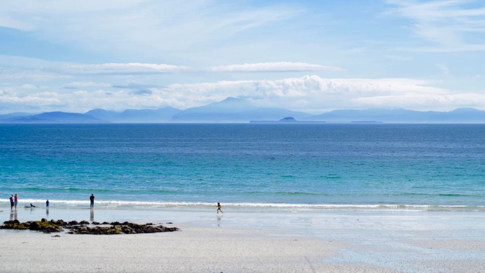 Bag your space on the beach at Scarinish