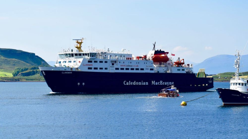 MV Clansman arrives in Oban from Colonsay
