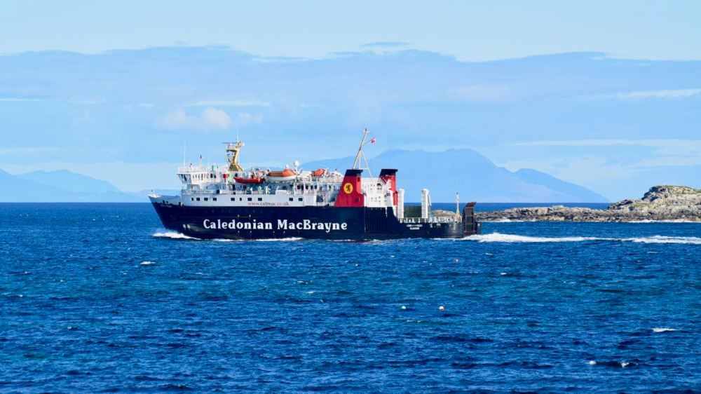 The Lord of the Isles leaves the Sound and heads out into the Minch