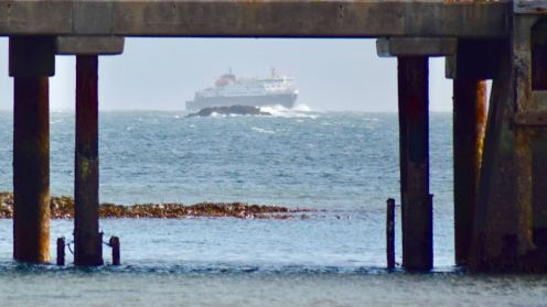 MV Clansman framed by the pier