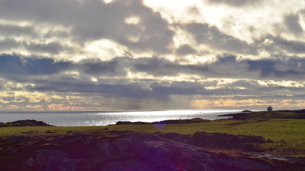Noon day sun over the Passage of Tiree