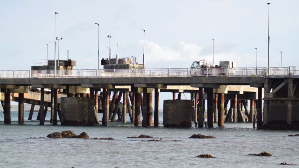 Work progressing on pier