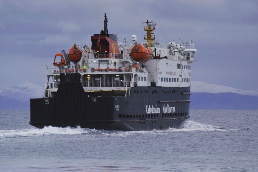 The MV Clansman with stopped capped Ben More for a backdrop
