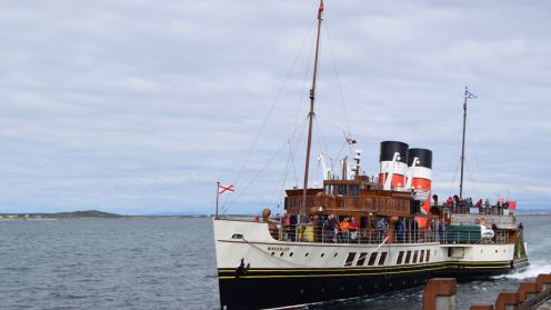 The Waverley comes alongside the pier for the second time in the day
