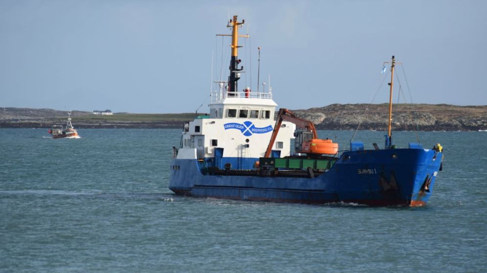MV Burhou and fishing boat