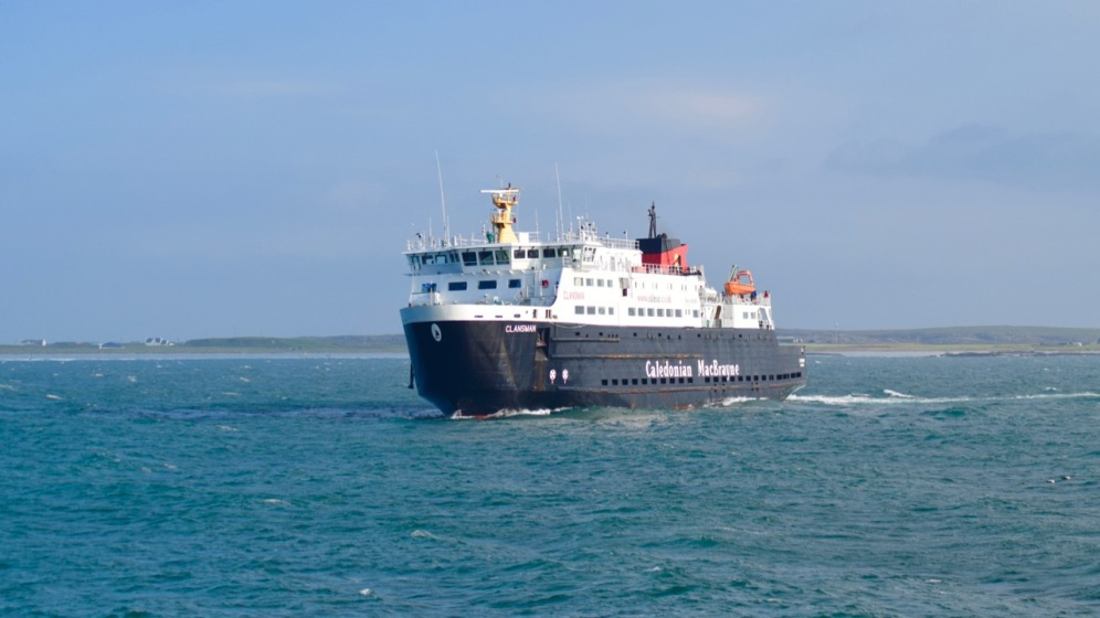 Wednesday 10th October - MV Clansman enters Gott Bay, Tiree