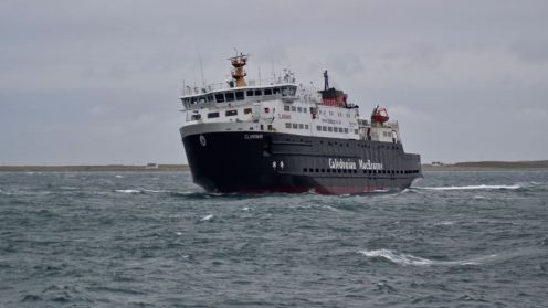 The MV Clansman prepares to approach the pier -